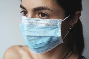 וירוס הקורונה: סטרואידים זולים מצילים חיים של חולים קשים