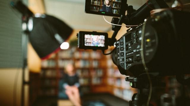 טיפים מובילים למראיינים בווידיאו